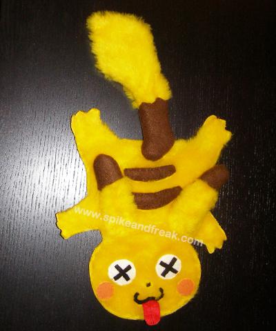 Pikachu Aplastado
