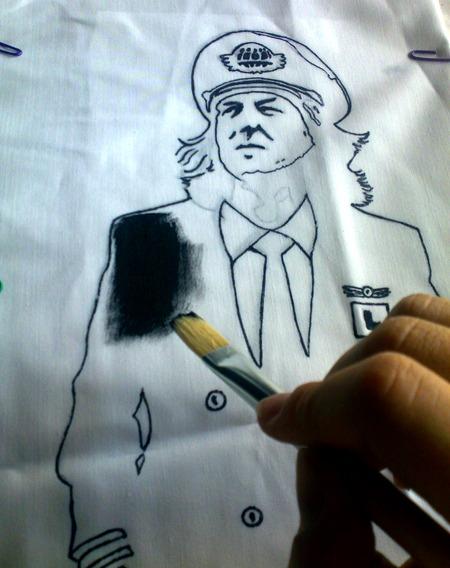 Pintar primero los bordes y después rellenar con pincel.