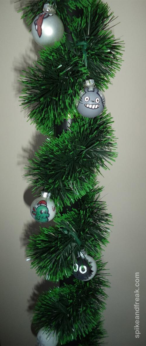 Las bolas en nuestro palo de navidad.