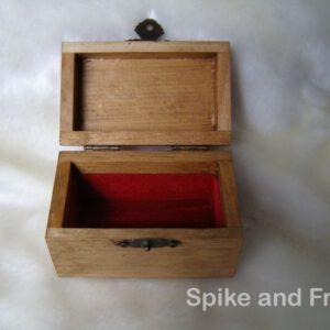 """Caja de Madera """"Triqueta"""" con Cartas y Contadores"""