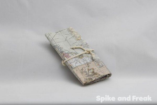 bolsa multiusos mapamundi plegada
