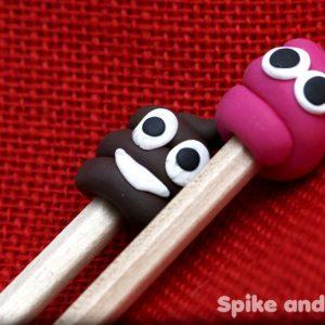 detalles cacas pinchadas en un lápiz